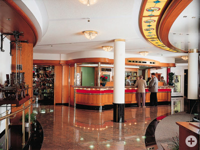 Waldeck Hotel Lobby