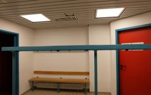 Salinensporthalle Beleuchtung Umkleidekabinen