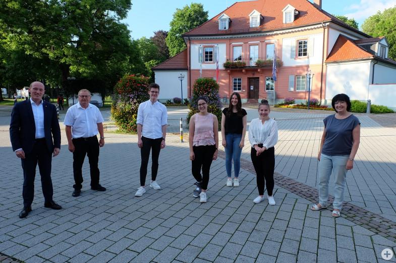 Studierende stellen Projektarbeit zu Crossiety vor